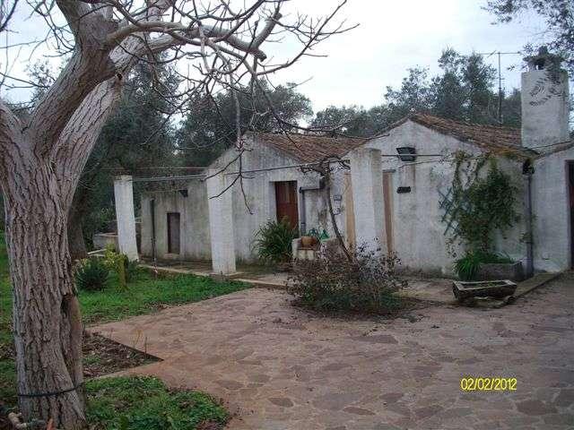 Villa in affitto a Casarano, 2 locali, prezzo € 600 | CambioCasa.it