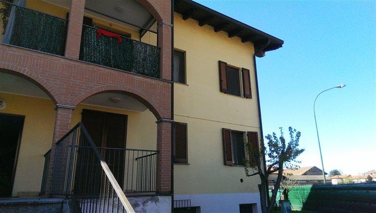 Trilocale in Via Olonetta 4, Bornasco
