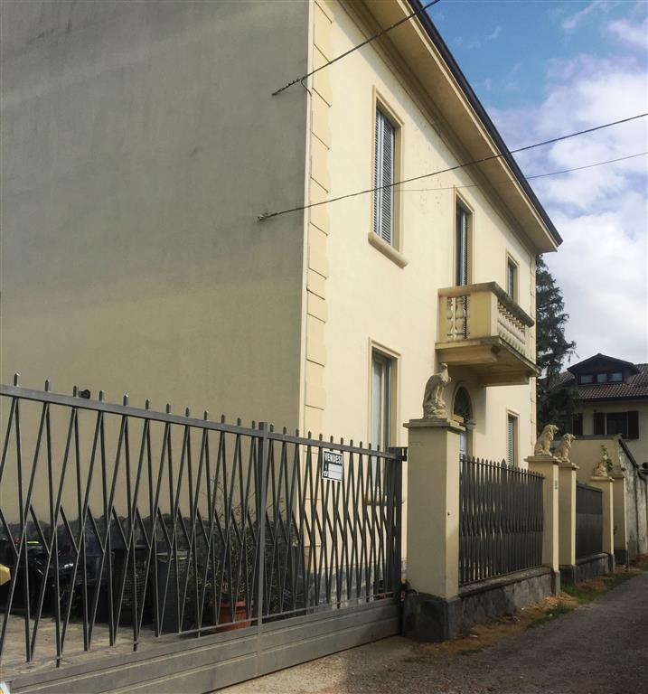 Villa, Landriano