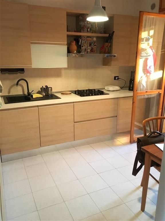 Appartamento in vendita a Pieve Emanuele, 5 locali, prezzo € 245.000 | CambioCasa.it