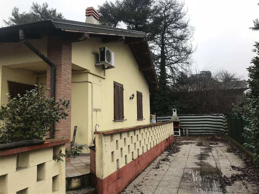 Villa a schiera in Via Lombardia, Torrevecchia Pia