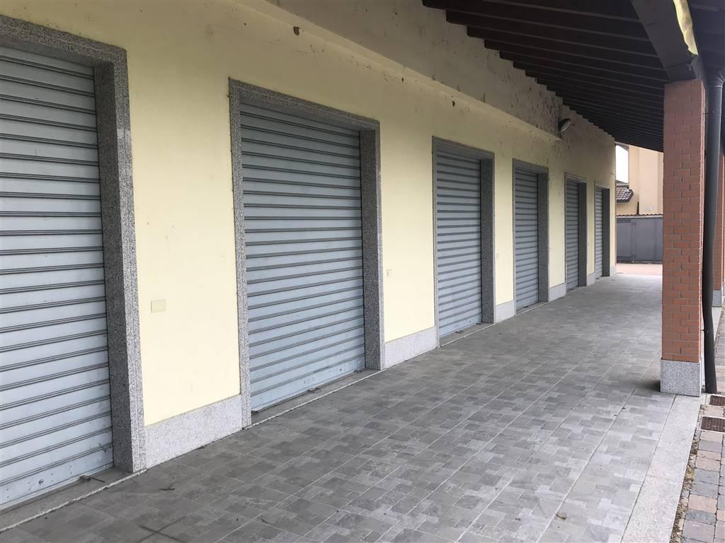 Negozio / Locale in vendita a Sant'Alessio con Vialone, 1 locali, prezzo € 95.000 | CambioCasa.it