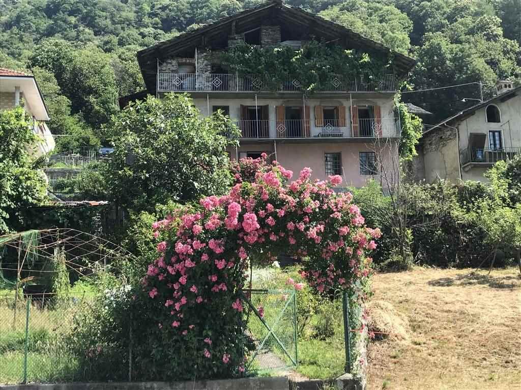 Villa in vendita a Cantoira, 6 locali, zona Zona: Boschietto, prezzo € 279.000 | CambioCasa.it