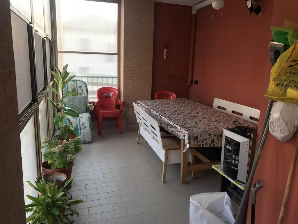 Appartamento in vendita a Giussago, 4 locali, zona Località: GUINZANO, prezzo € 239.000 | CambioCasa.it