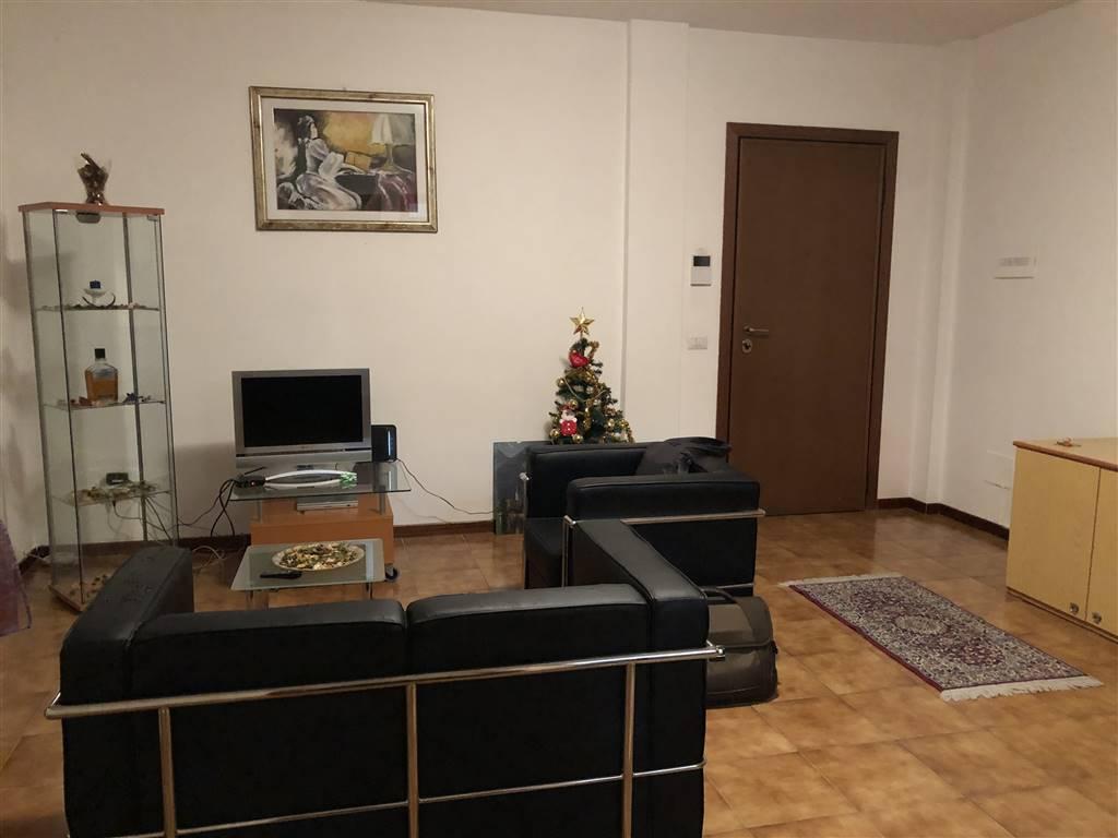 Appartamento in vendita a Pieve Emanuele, 2 locali, zona Località: FAUSTO COPPI, prezzo € 120.000 | CambioCasa.it