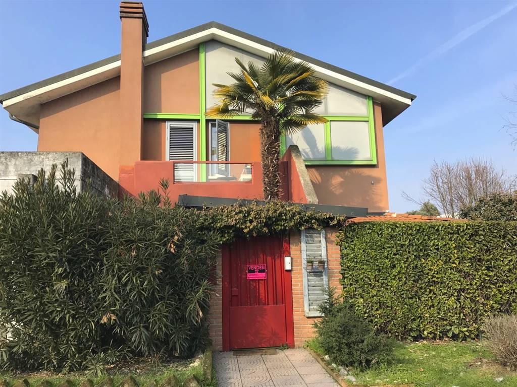 Villa in Via Pavia, Siziano