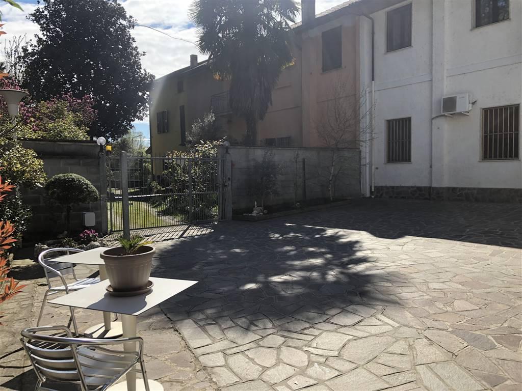 Appartamento in Via Ca De Rho  24, Miradolo Terme