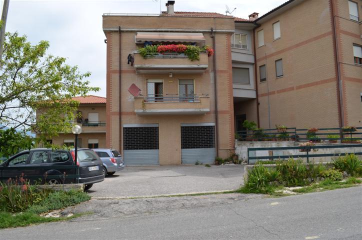 Magazzino in vendita a Forano, 1 locali, prezzo € 45.000 | CambioCasa.it