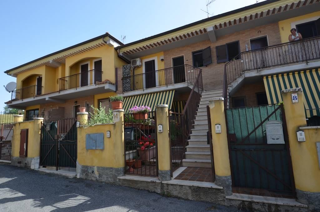Appartamento in affitto a Tarano, 3 locali, zona Zona: Baracche di San Polo (Borgonuovo), prezzo € 380 | CambioCasa.it
