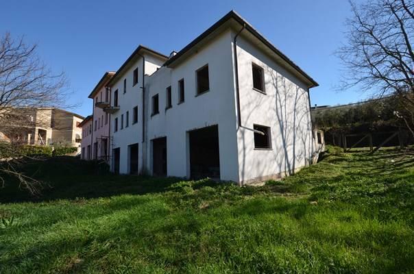Altro in vendita a Collevecchio, 8 locali, prezzo € 115.000 | CambioCasa.it