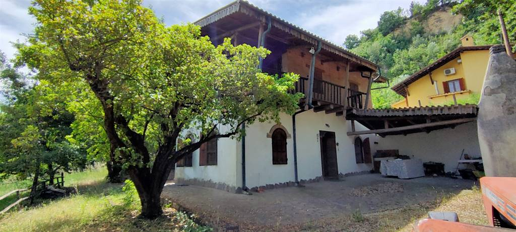 POGGIO SOMMAVILLA, COLLEVECCHIO, Detached house for sale of 120 Sq. mt., Good condition, Heating Individual heating system, Energetic class: G,