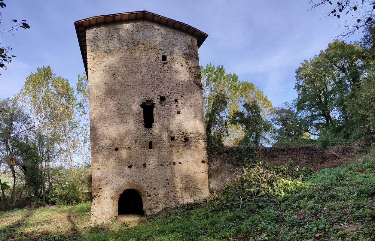 STIMIGLIANO, Farmhouse for sale of 120 Sq. mt., Be restored, Heating Non-existent, Energetic class: Not subject, placed at Ground on 3, composed by: