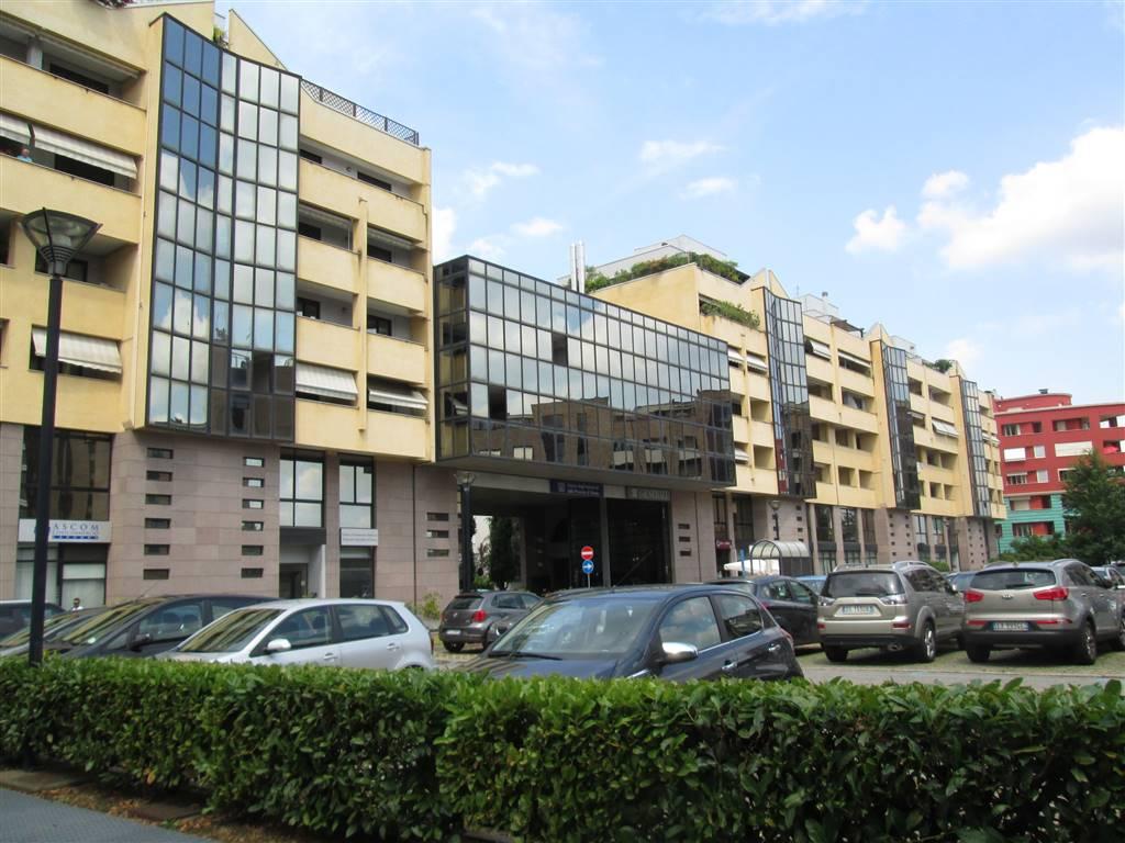 Ufficio / Studio in affitto a Saronno, 3 locali, zona Località: CENTRO- STAZIONE, prezzo € 750   CambioCasa.it