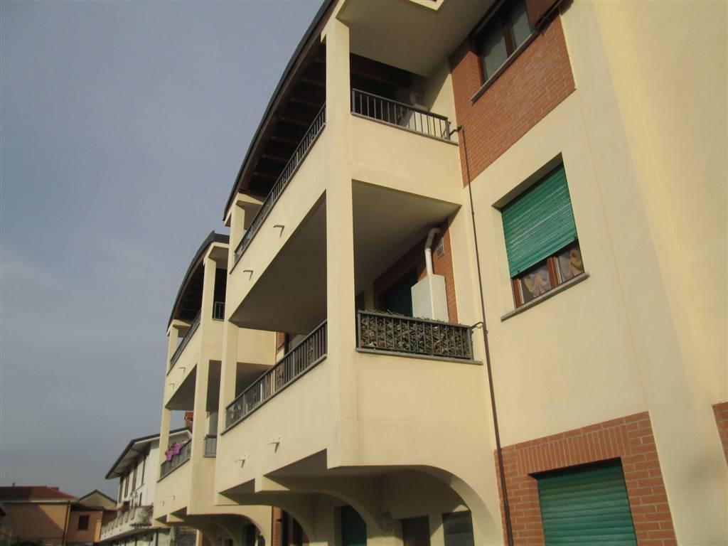 Appartamento in vendita a Saronno, 2 locali, prezzo € 135.000 | CambioCasa.it