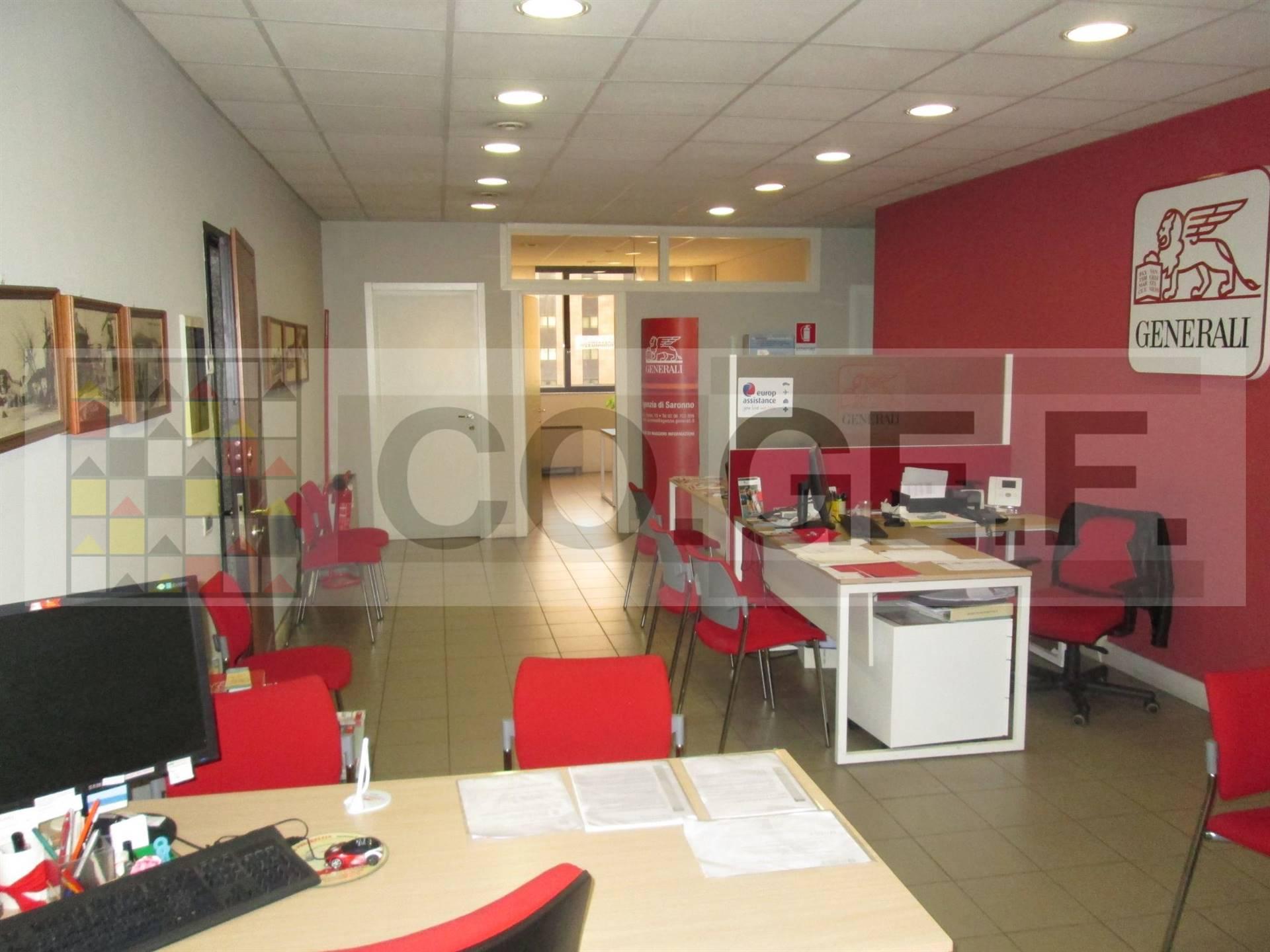 Ufficio / Studio in affitto a Saronno, 8 locali, zona Località: CENTRO- STAZIONE, prezzo € 1.670 | CambioCasa.it