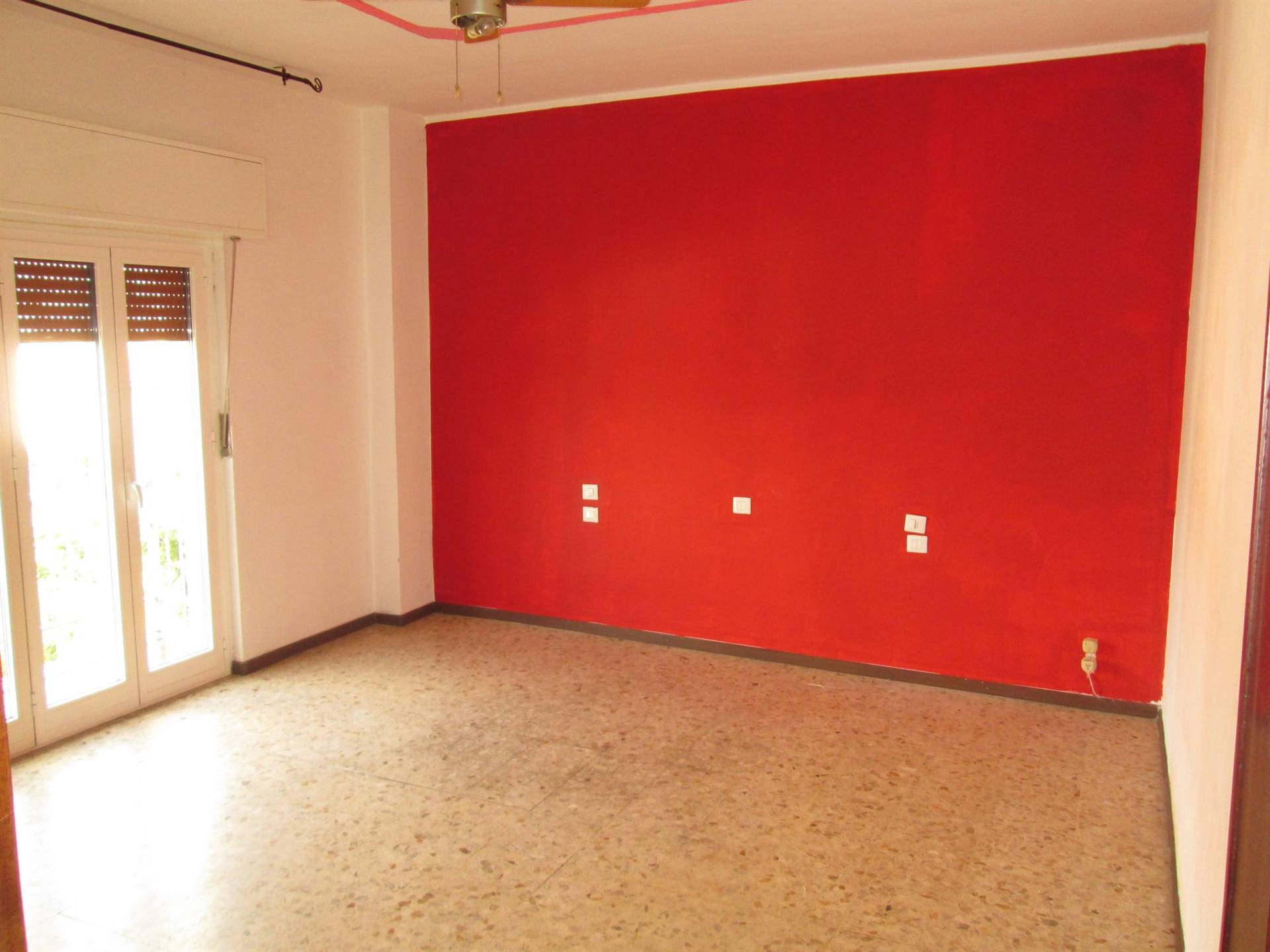 Appartamento in vendita a Caronno Pertusella, 3 locali, prezzo € 95.000 | PortaleAgenzieImmobiliari.it