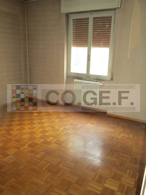 Appartamento in vendita a Saronno, 3 locali, zona lpi, prezzo € 160.000   PortaleAgenzieImmobiliari.it