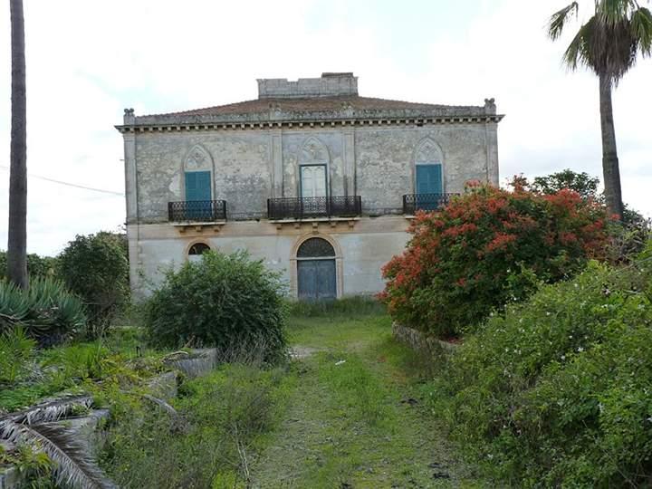 Immobili di prestigio a modica in vendita e affitto for Ristrutturare case antiche
