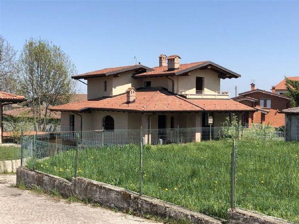 Villa in vendita a Peveragno, 5 locali, prezzo € 300.000 | PortaleAgenzieImmobiliari.it