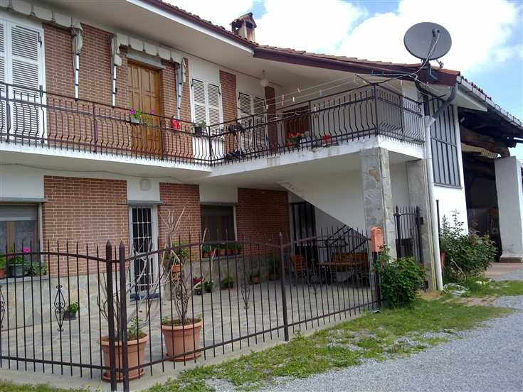 Quadrilocale in Via Pignolli, Mondovi'