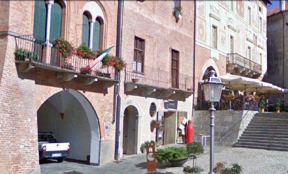 Attività / Licenza in affitto a Mondovì, 3 locali, prezzo € 600 | CambioCasa.it
