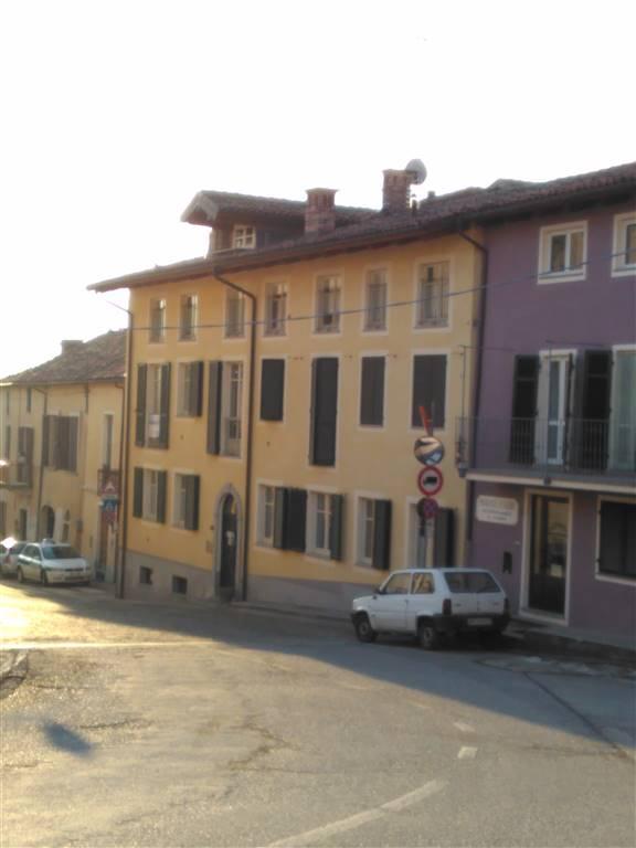 Appartamento in affitto a Villanova Mondovì, 6 locali, prezzo € 800 | CambioCasa.it