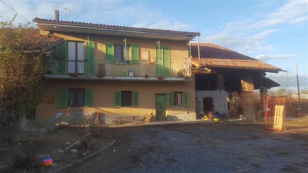 Casa semi indipendente in Via Mondovi, Pianfei