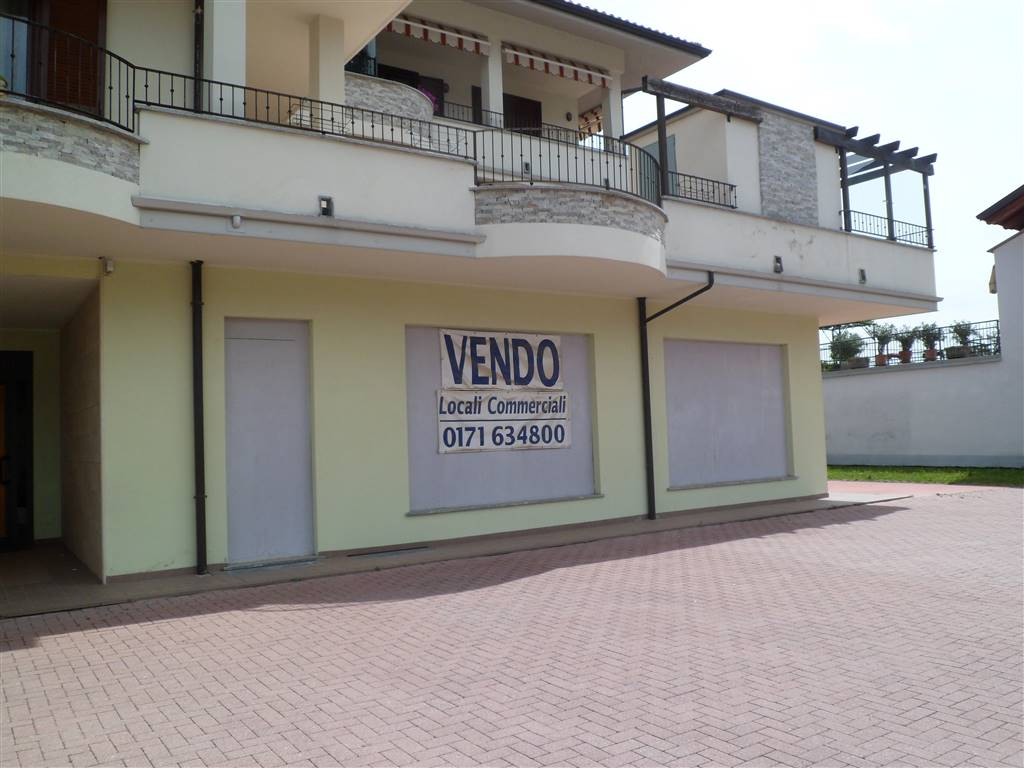 Locale commerciale in Via Torino, Mondovi'