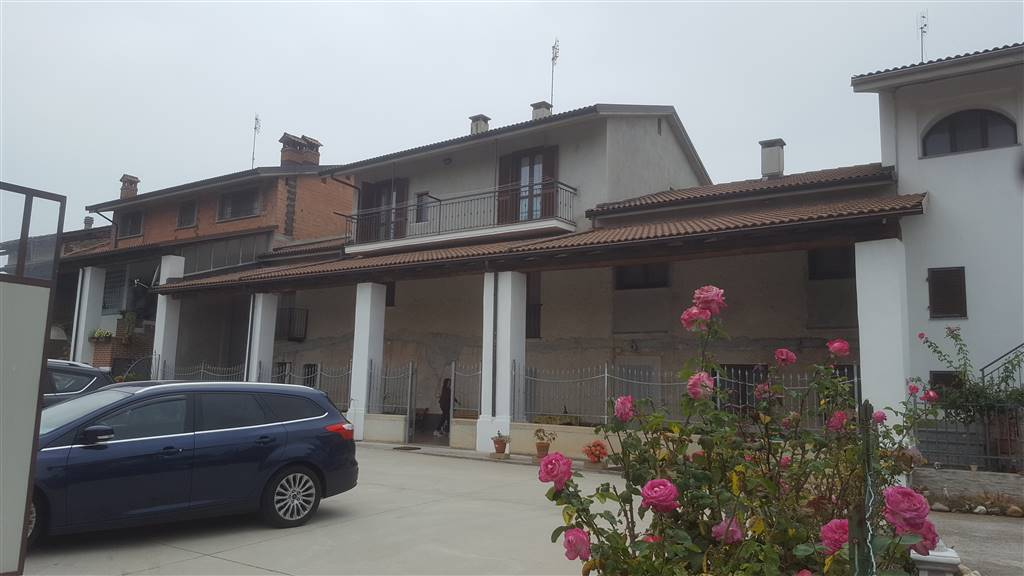 Soluzione Semindipendente in vendita a Pianfei, 18 locali, prezzo € 275.000 | CambioCasa.it