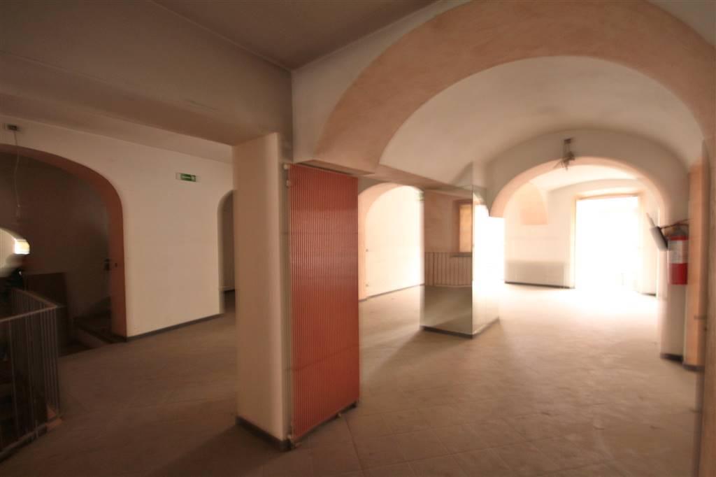 Attività / Licenza in affitto a Mondovì, 3 locali, prezzo € 1.500 | CambioCasa.it