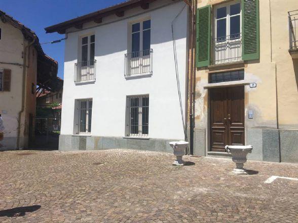 Quadrilocale in Piazza Roma 2, Crava, Rocca De' Baldi