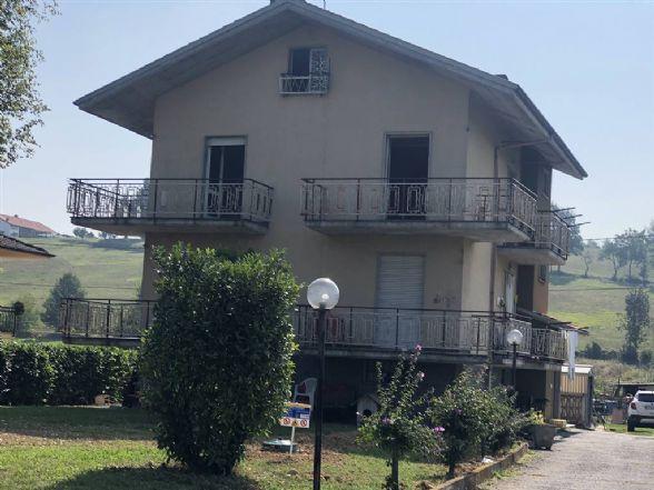 Appartamento in affitto a Mondovì, 4 locali, prezzo € 400 | CambioCasa.it