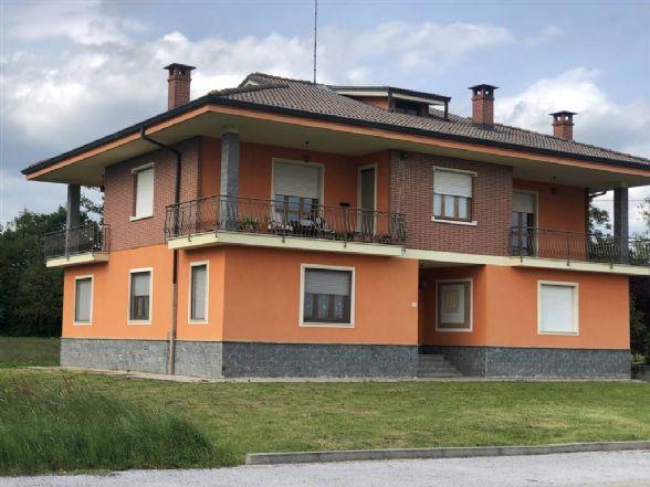 Villa in Via Langhe, Magliano Alpi