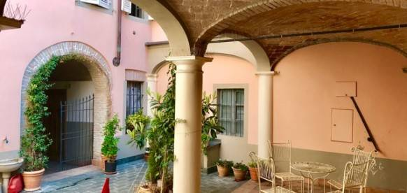 cortile interno condominiale