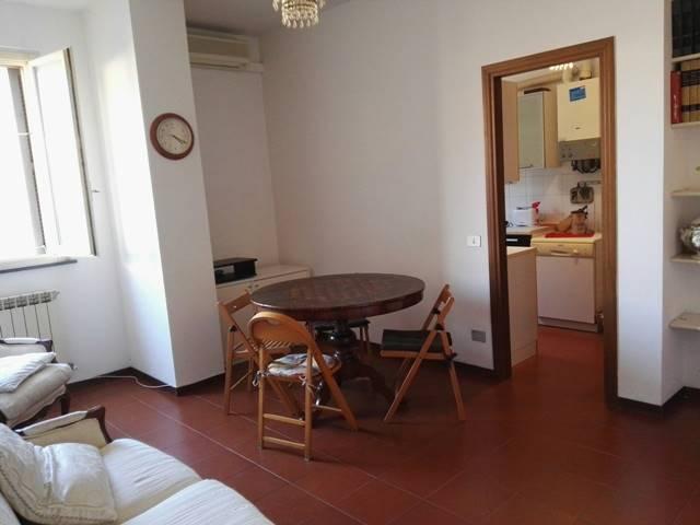 Trilocale, Centro Storico, Ancona, in ottime condizioni