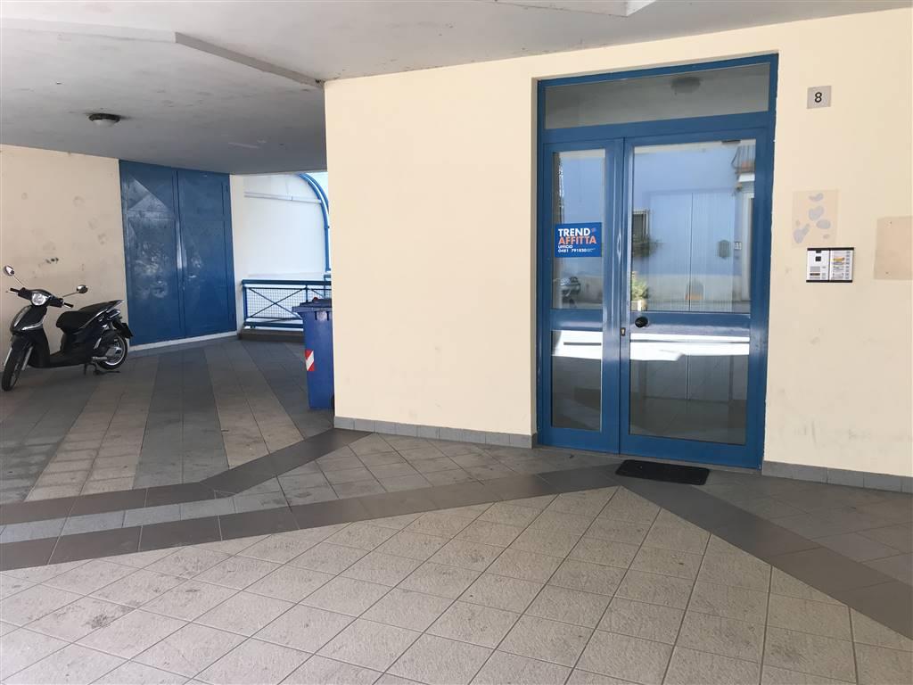Ufficio / Studio in affitto a Monfalcone, 3 locali, zona Zona: Rocca, prezzo € 380 | CambioCasa.it