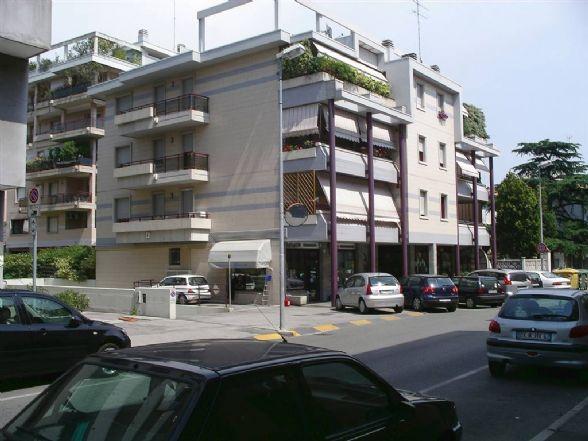 Negozio / Locale in affitto a Monfalcone, 1 locali, zona Zona: Rocca, prezzo € 600 | CambioCasa.it