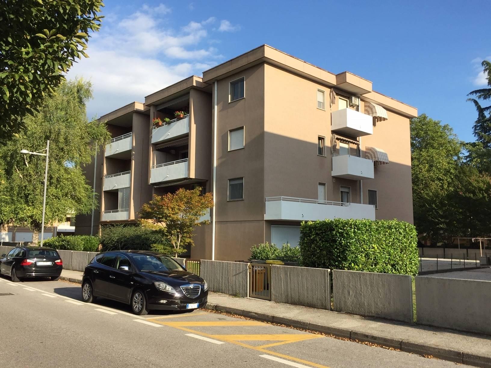 Appartamento in vendita a San Canzian d'Isonzo, 6 locali, zona Zona: Pieris, prezzo € 115.000 | CambioCasa.it