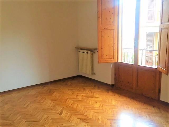 Appartamento in affitto a Greve in Chianti, 5 locali, zona Zona: Strada in Chianti, prezzo € 930 | CambioCasa.it