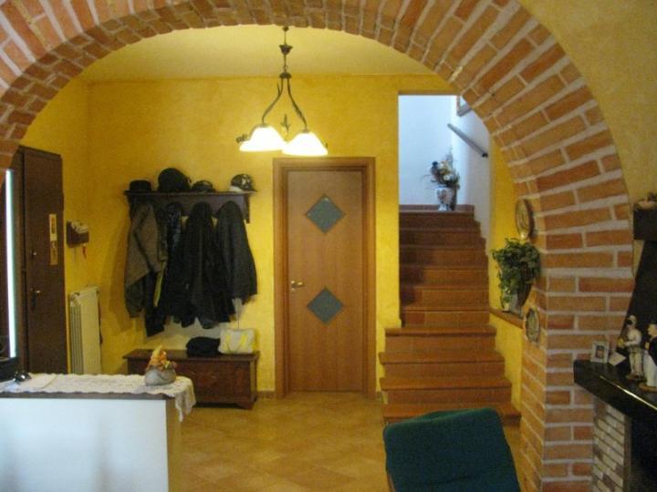 Rustico / Casale in vendita a Capannoli, 7 locali, prezzo € 189.000 | CambioCasa.it