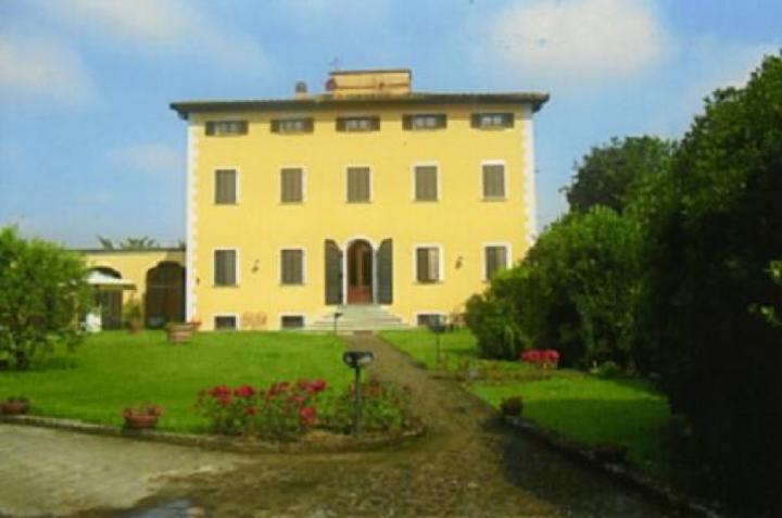 Villa, Bientina, ristrutturata