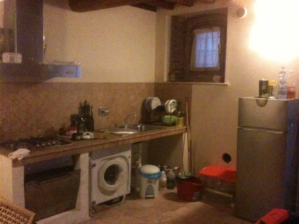 Appartamento in vendita a Capannoli, 3 locali, zona Località: SANTOPIETRO BELVEDERE, prezzo € 50.000   CambioCasa.it