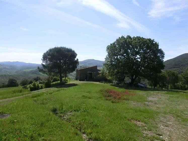 Rustico / Casale in vendita a Pomarance, 4 locali, prezzo € 330.000 | CambioCasa.it
