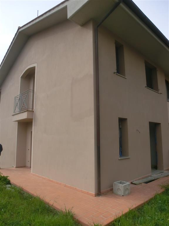 Villa a schiera, Peccioli, in nuova costruzione