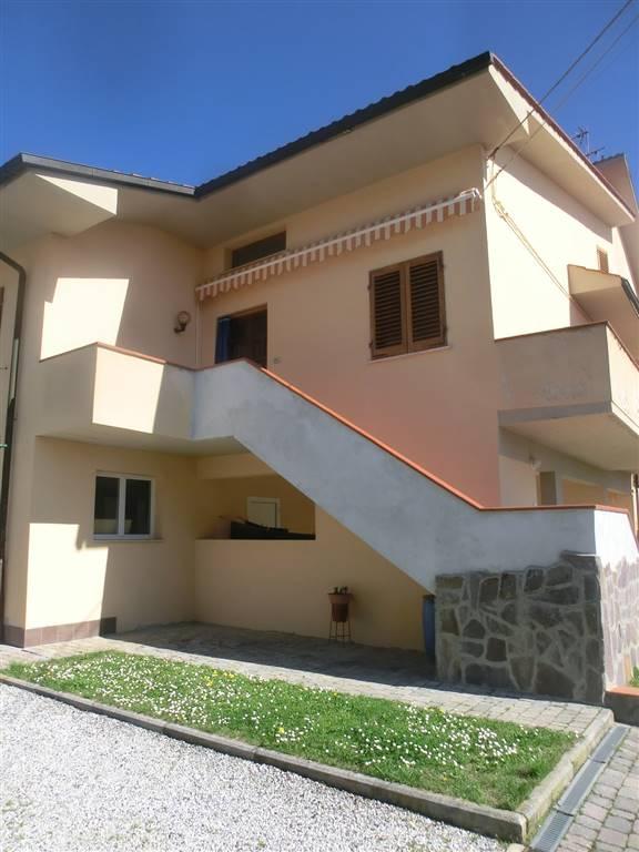 Soluzione Indipendente in affitto a Peccioli, 8 locali, zona Zona: Ghizzano, prezzo € 490 | CambioCasa.it