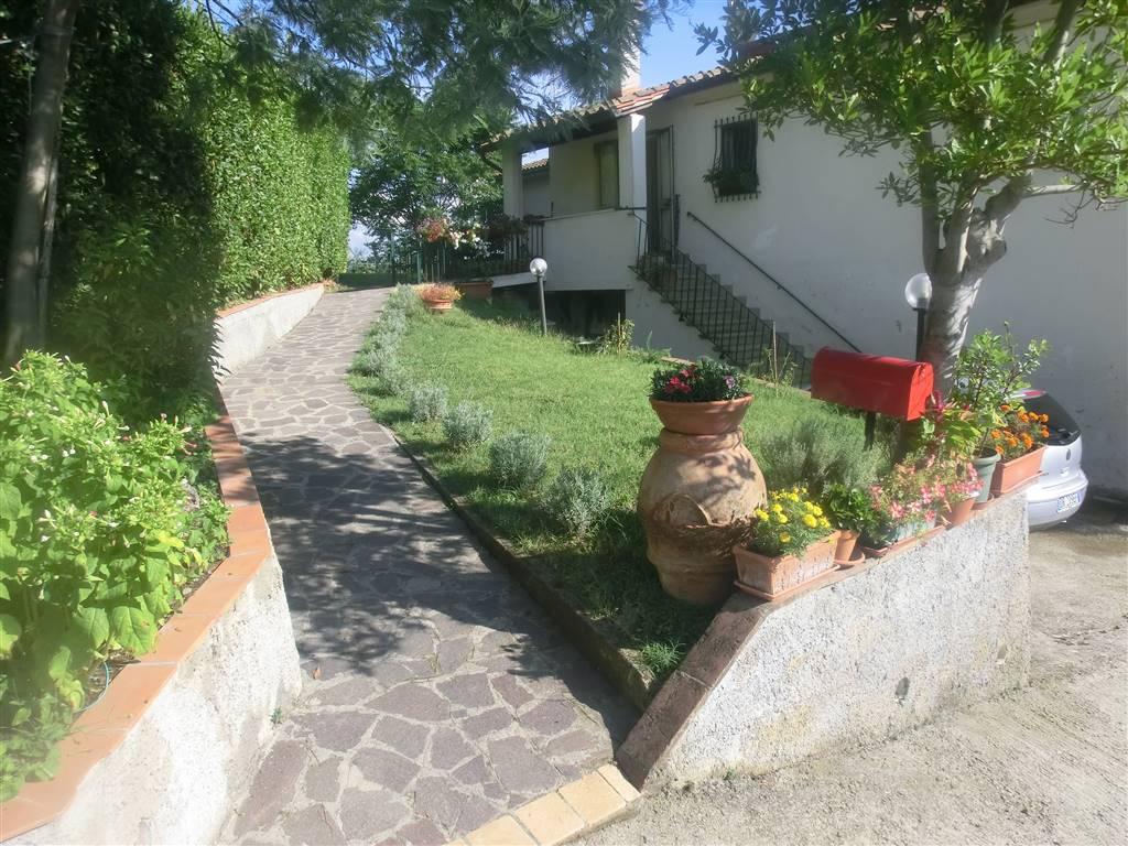 Appartamento in vendita a Peccioli, 4 locali, prezzo € 110.000 | CambioCasa.it