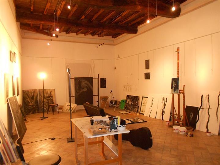 Locale commerciale, Spoleto, ristrutturato