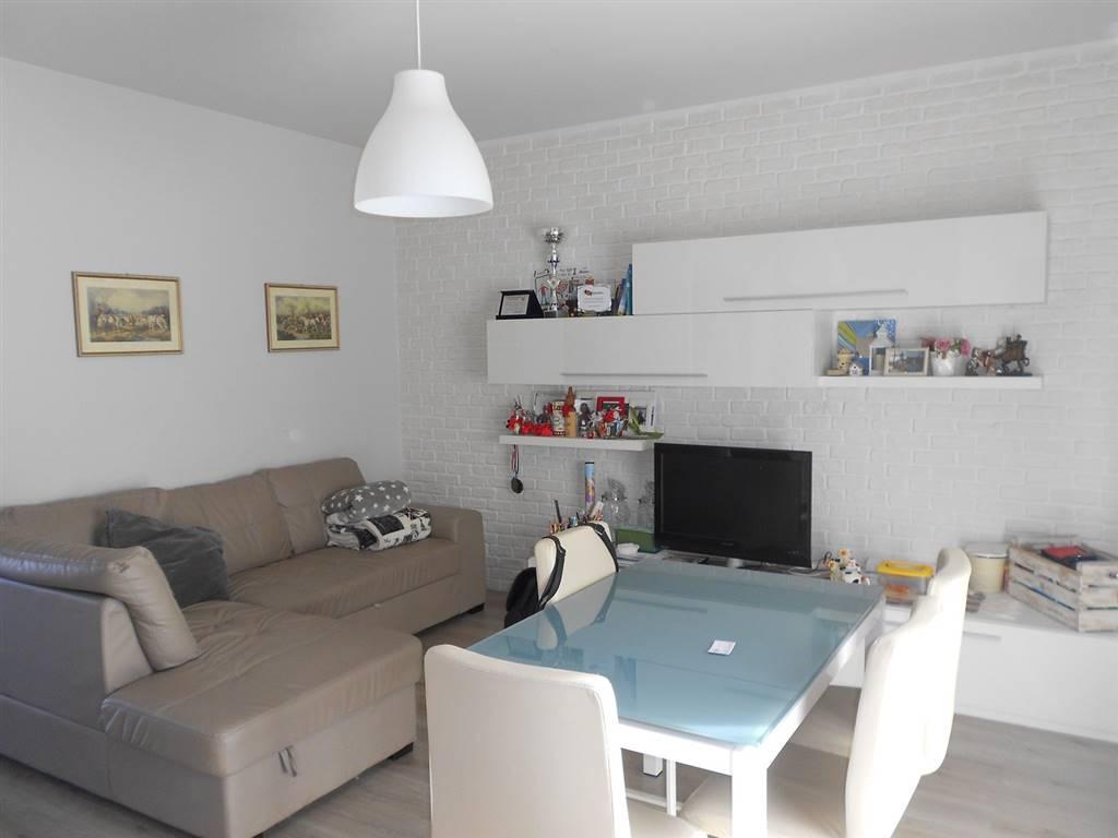 Appartamento in vendita a Spoleto, 3 locali, zona Località: PERIFERIA, prezzo € 90.000   CambioCasa.it