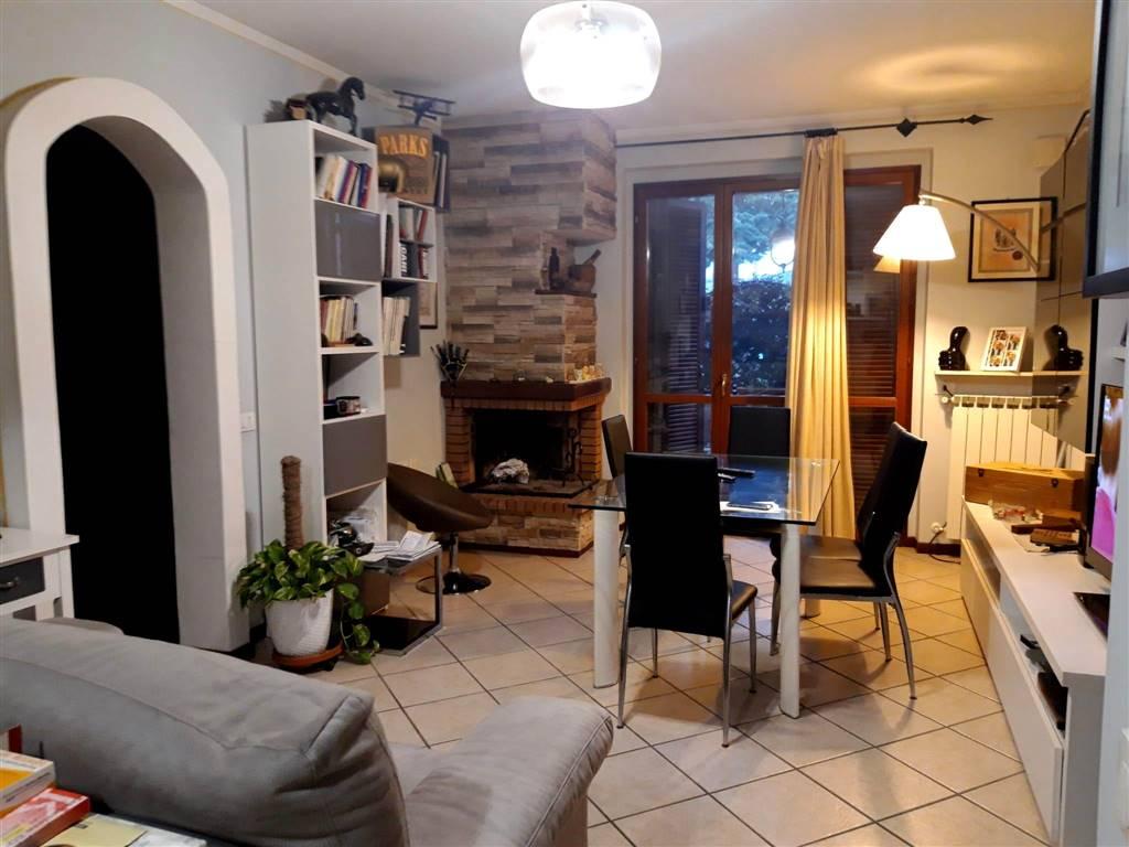 Appartamento in vendita a Spoleto, 3 locali, zona Località: PERIFERIA, prezzo € 85.000 | CambioCasa.it