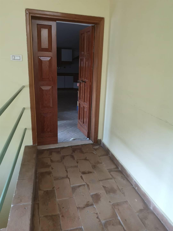 Appartamento in vendita a Trevi, 3 locali, zona Zona: Parrano, prezzo € 80.000   CambioCasa.it